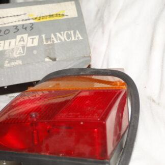 Lancia Delta I achterlicht linksachter 82420343