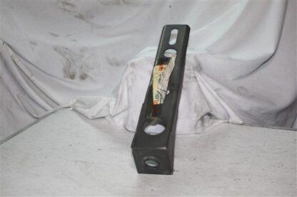 Lancia Prisma bumpersteun voorzijde STAFFA ANTERIORE 82430187