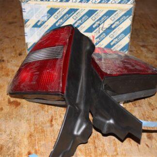 Lancia Delta MKII achterlichten set links en rechts 82468782