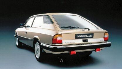 Lancia Beta HPE achterlicht unit compleet 82355527 chromen rand
