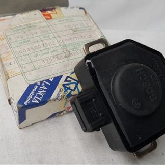 Throttle valve sensor Lancia Thema 7706581