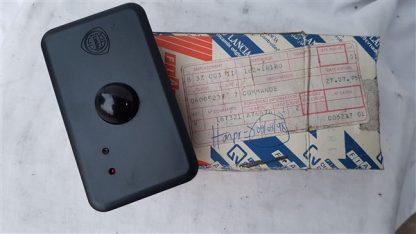 Sensor cierre centralizado Lancia Y10 (1992-1995) NUEVO ORIGINAL 182418180
